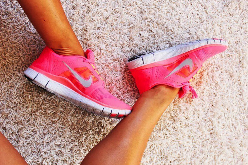 Nike free sneakers dame